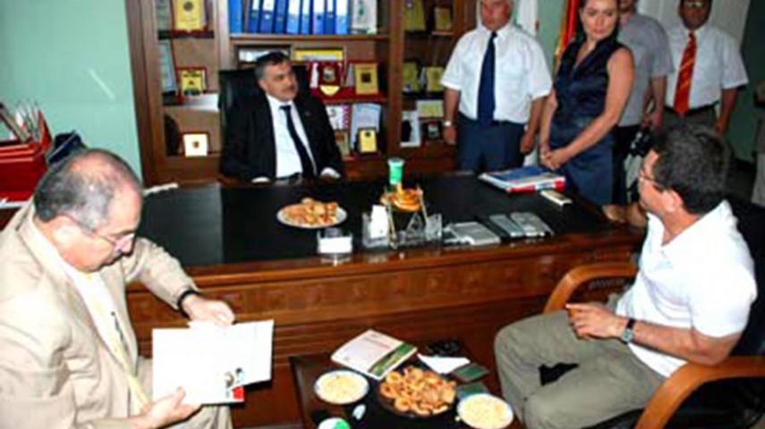 Bakan Eroğlu'dan Hekim Süt'e Ziyaret
